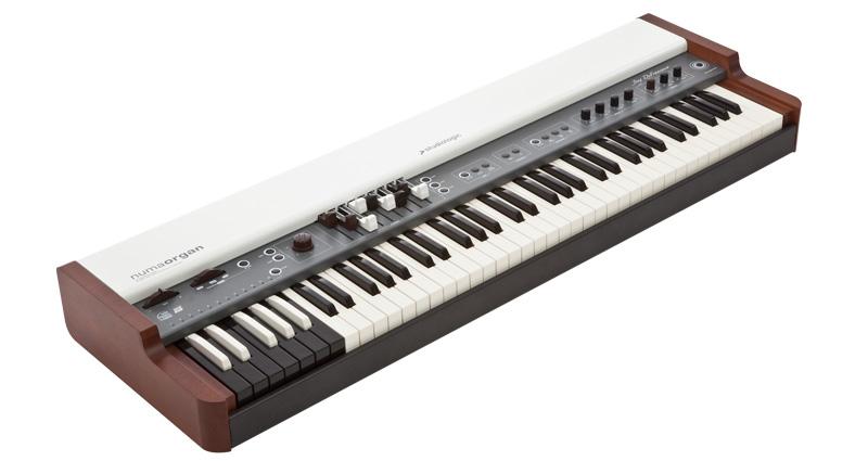 Studio Logic numa organ